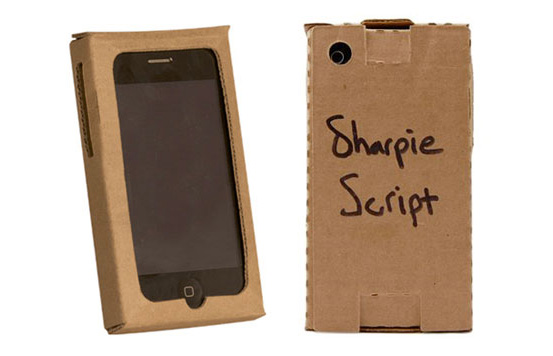 cardboard-iphone