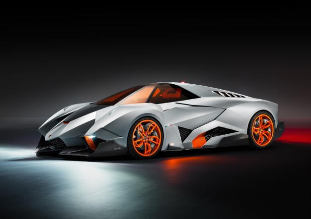 lamborghini_egoista_three_quarter_front_view-626x442