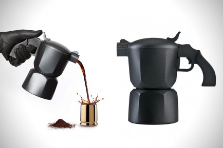 Noir-Pistol-Coffee-Maker-and-Bullet-Espresso-Cups-1