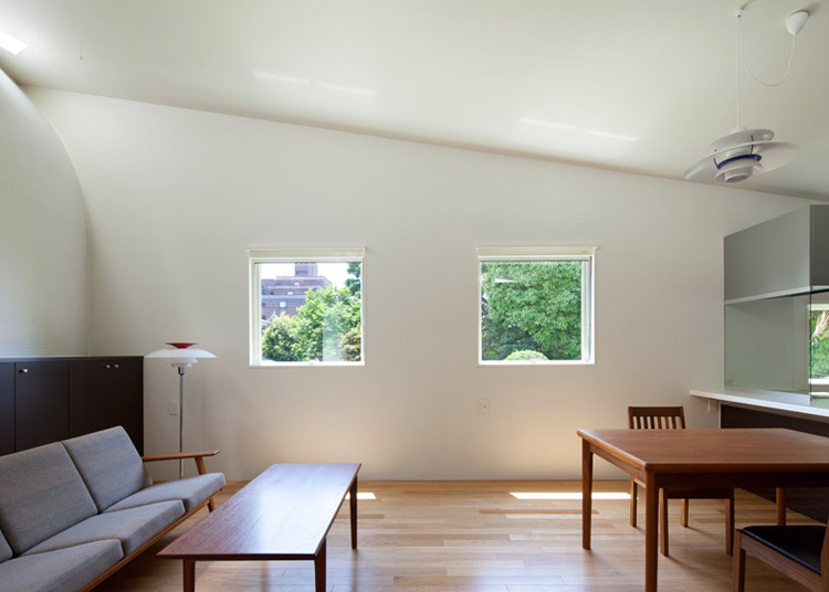 13-arch-wall-house-by-naf-architect-design-japan