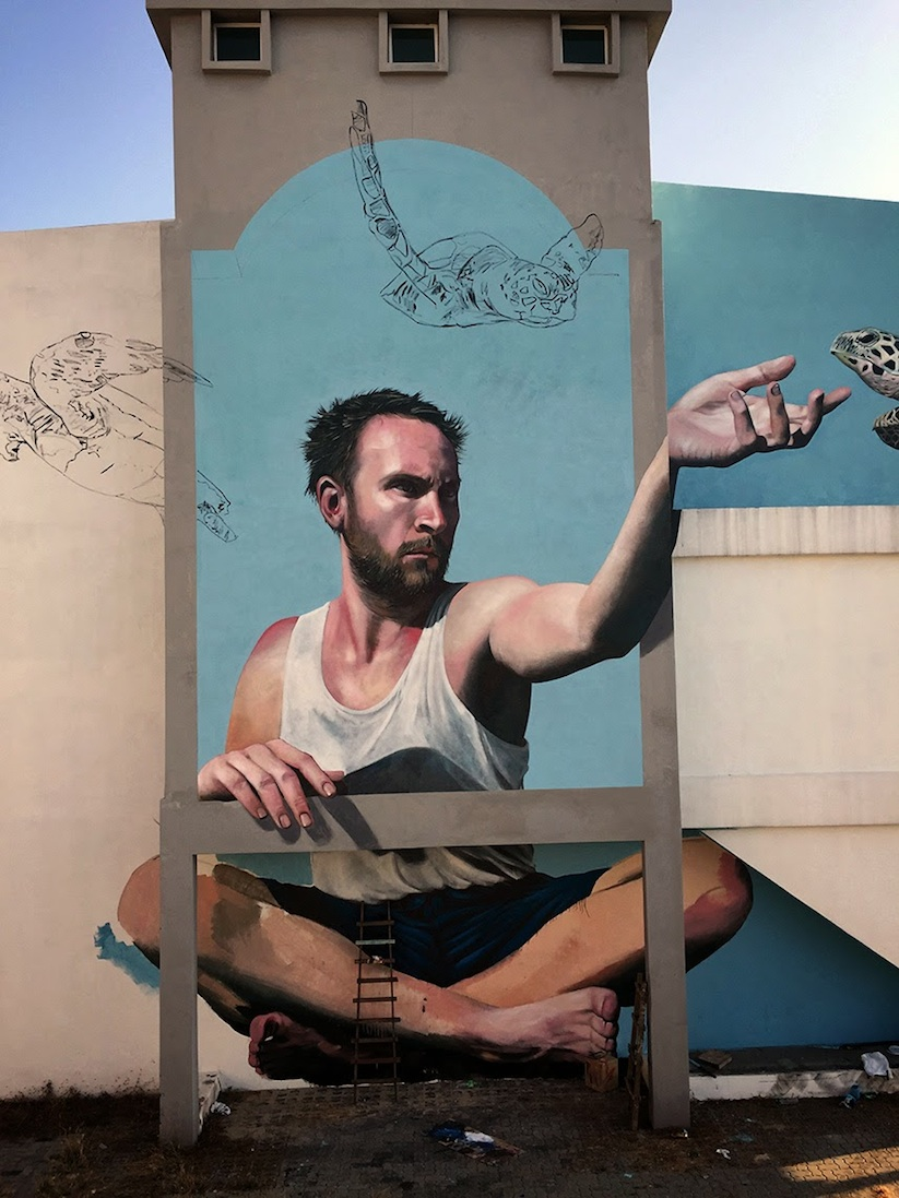 Swim_in_the_Air_New_Mural_by_Artist_Martin_Ron_in_Penang_Malaysia_2015_08