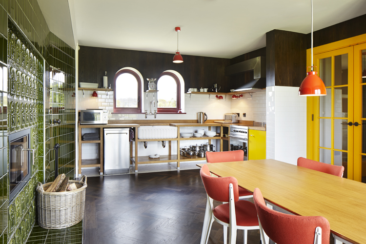 house-for-essex-by-grayson-perry-and-fat-architecture-12