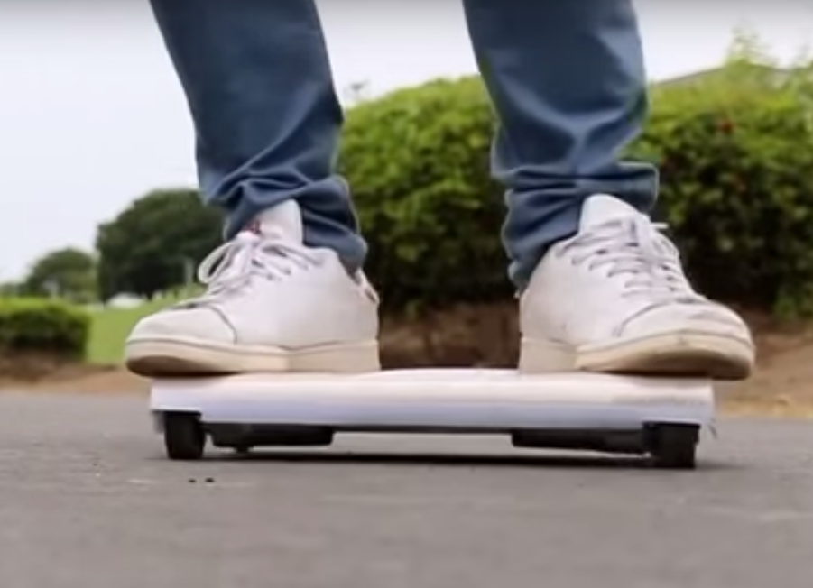 WalkCar Is A Portable Transporter Made In Japan