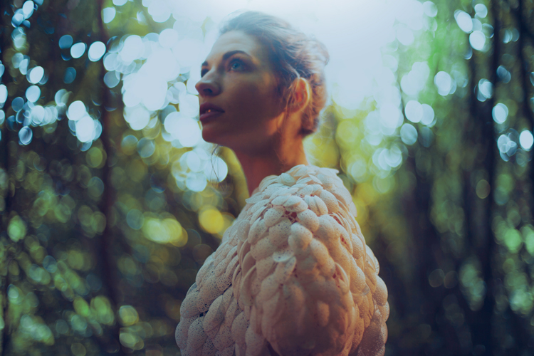 plumage-the-worlds-first-3d-printed-customizable-cape-3