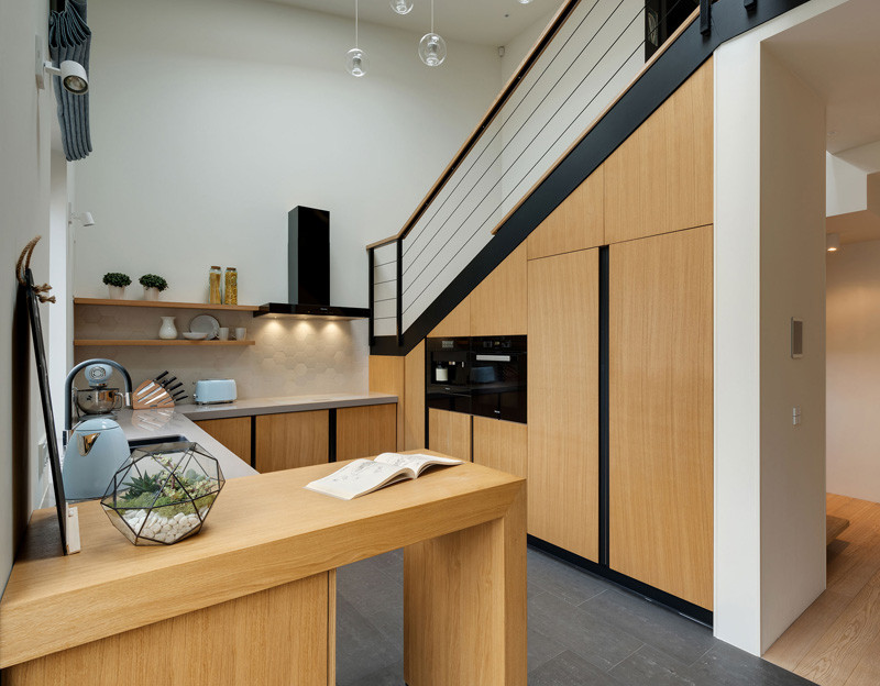 apartment-with-slide_200116_04-800x624