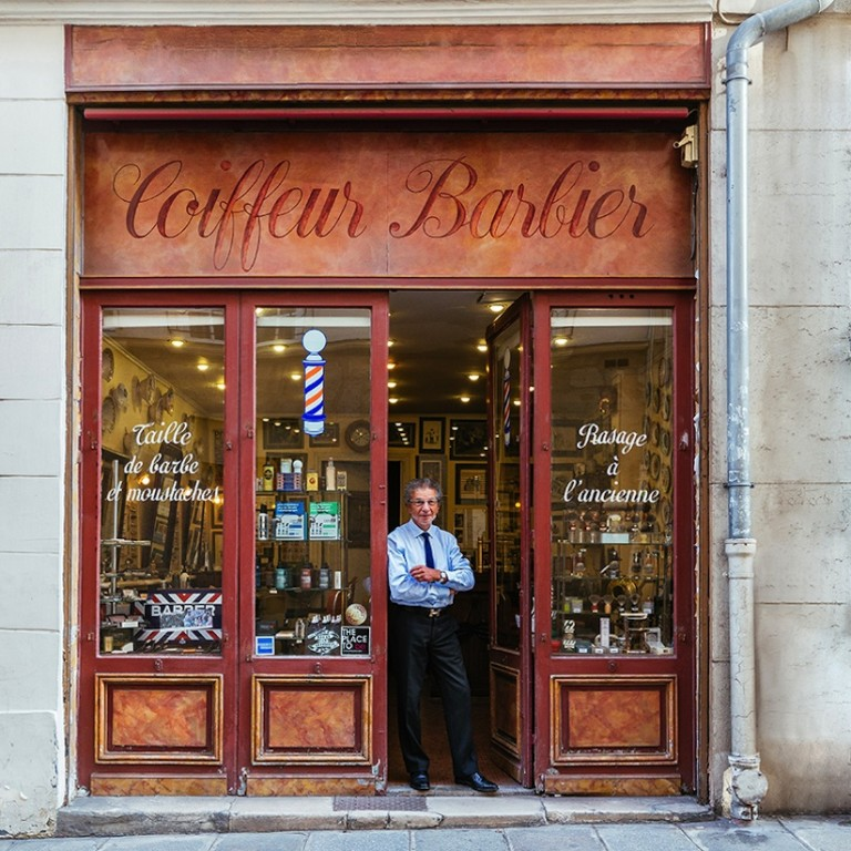 paris_re_tale_the_story_of_the_french_capital_through_its_storefronts_2016_06-768x768