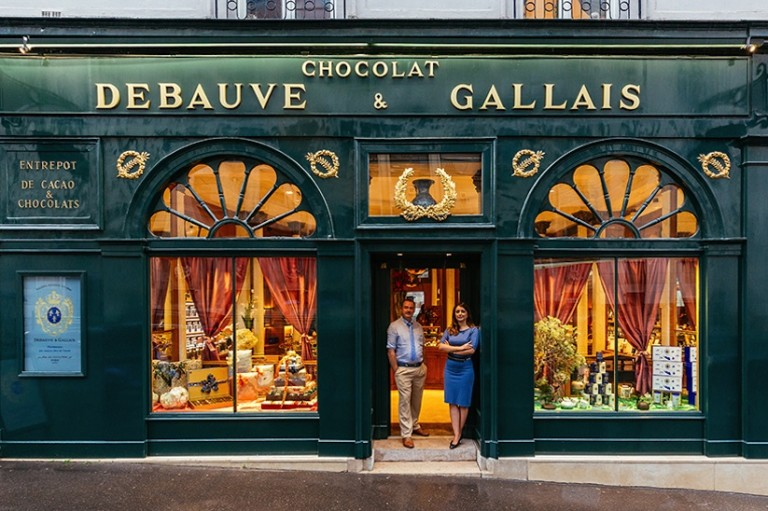 paris_re_tale_the_story_of_the_french_capital_through_its_storefronts_2016_09-768x511